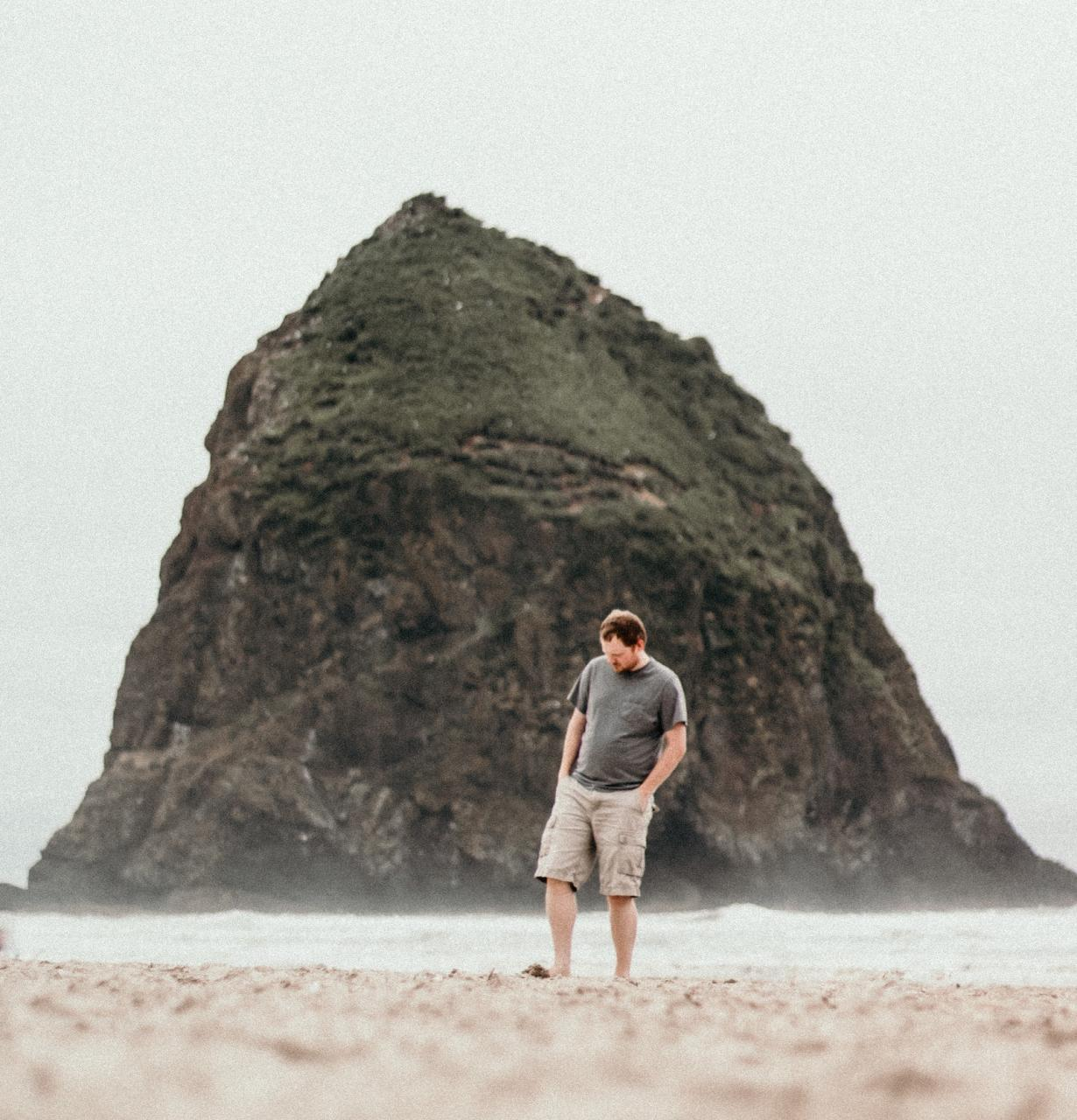 man walking on the beach meditation for depression